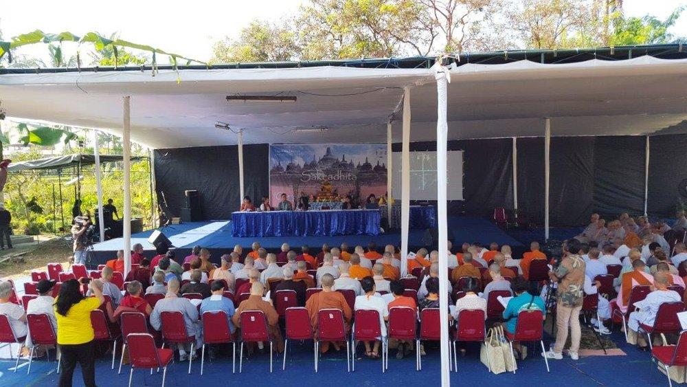 SI Sambi Stage Linda.jpg