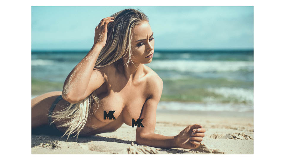 Beachside-Play-Taliha-Paige-0662-swimwear-bikini-Melbourne-Matt-Korinek-Photographer-MKP-1817-Edit-Edit-WEBsm-960px-4.jpg