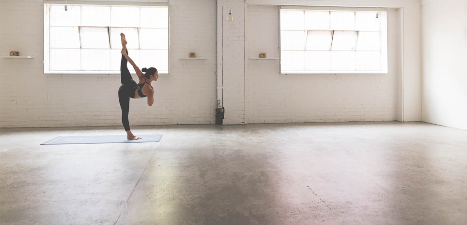 2016_wk17_FP_W_0196_LULU_aus_MK_Womens_Lace_Yoga_Melbourne_Australia_3281-Edit-WEBsm-990px-5.jpg