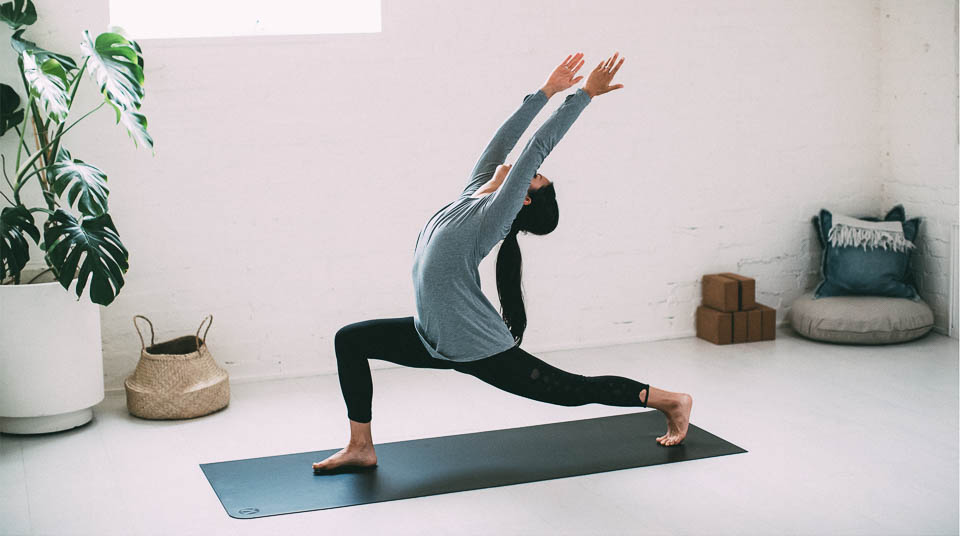 2016_wk22_ALL_0069_LULU_aus_MK_Womens_Commute_Yoga_Apres_6333-Edit-WEBsm-990px-3.jpg
