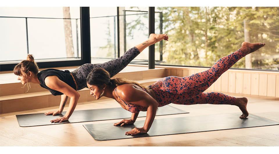 Mahina-Garcia-Yoga-Amanda-Riches-Yogi-Vancouver-Canada-photoshoot-lululemon-athletica-Matt-Korinek-Photographer-960px-2.jpg