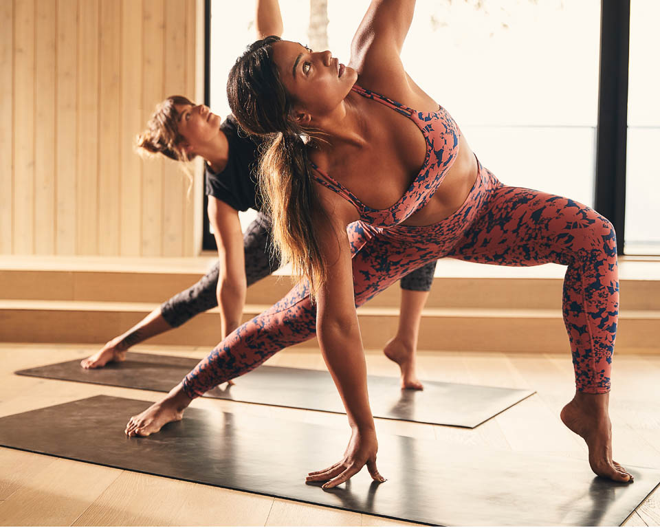Mahina-Garcia-Yoga-Amanda-Riches-Yogi-Vancouver-Canada-photoshoot-lululemon-athletica-Matt-Korinek-Photographer-960px-4.jpg