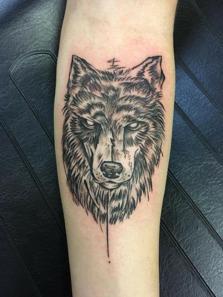 Inkette Dotwork Wolf.jpg