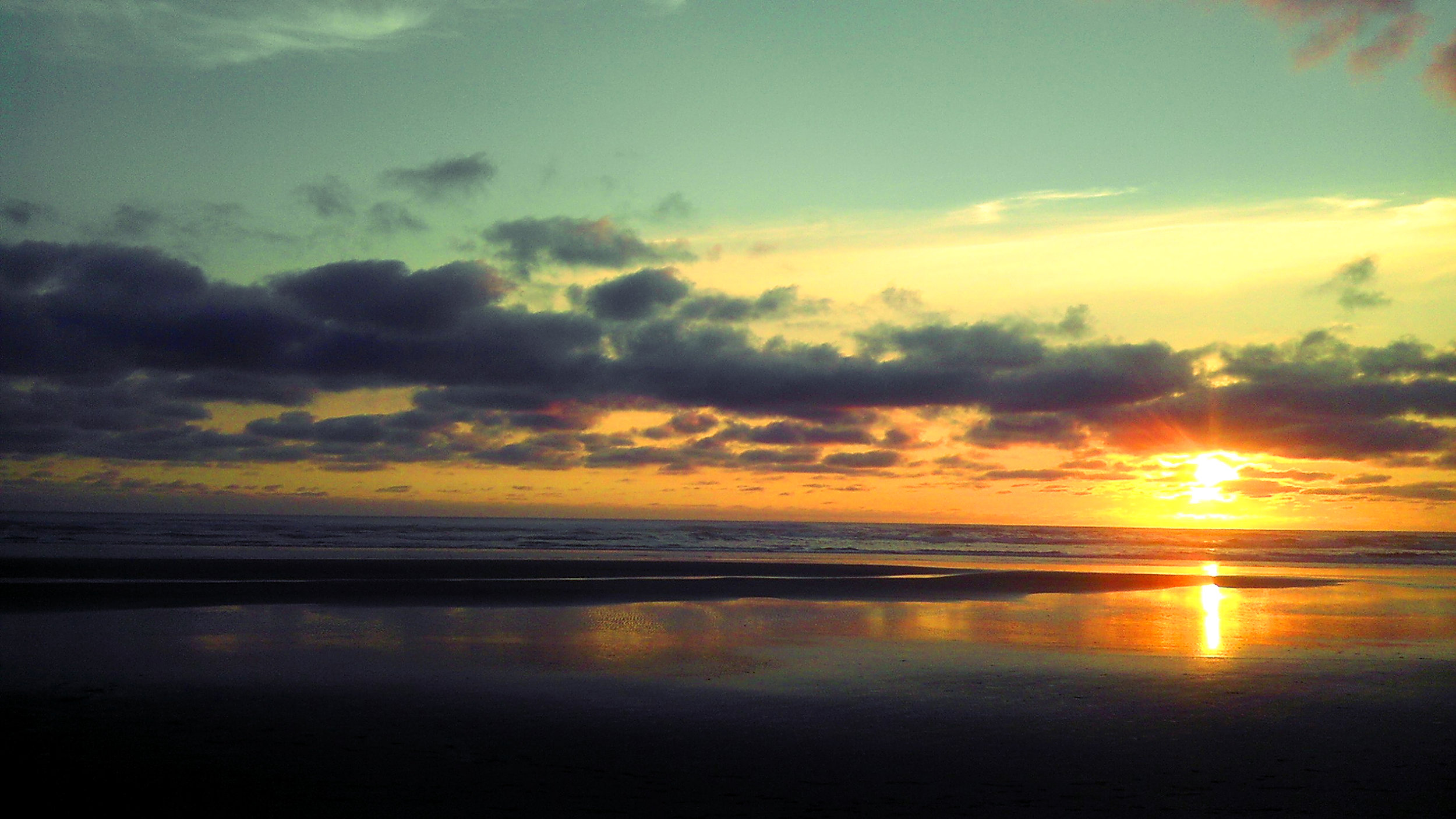 cannon beach, oregon, sunset, road trip, adventure, travel, beach