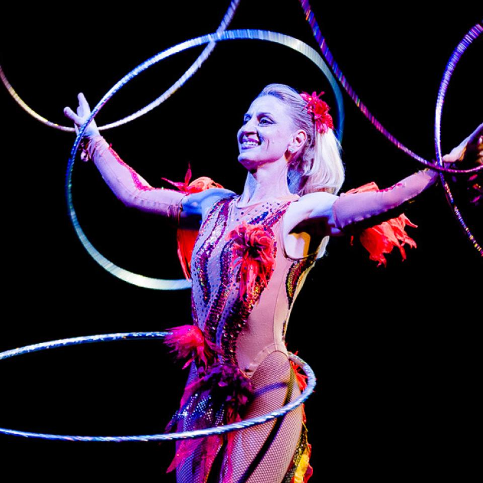 Circus performer photo 1