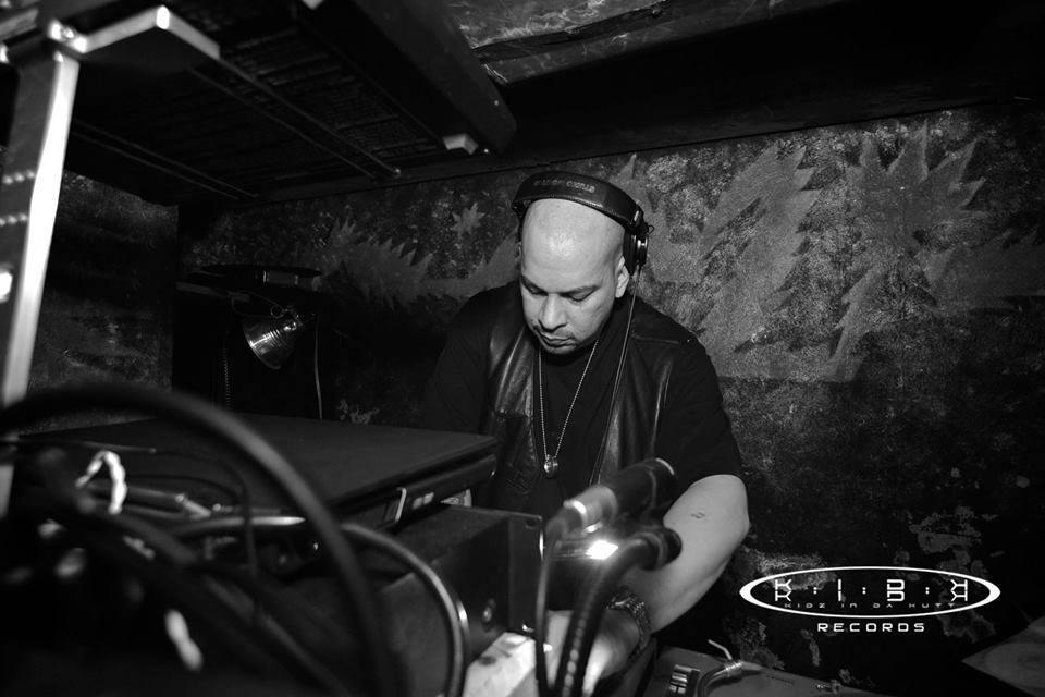 DJ franky hows