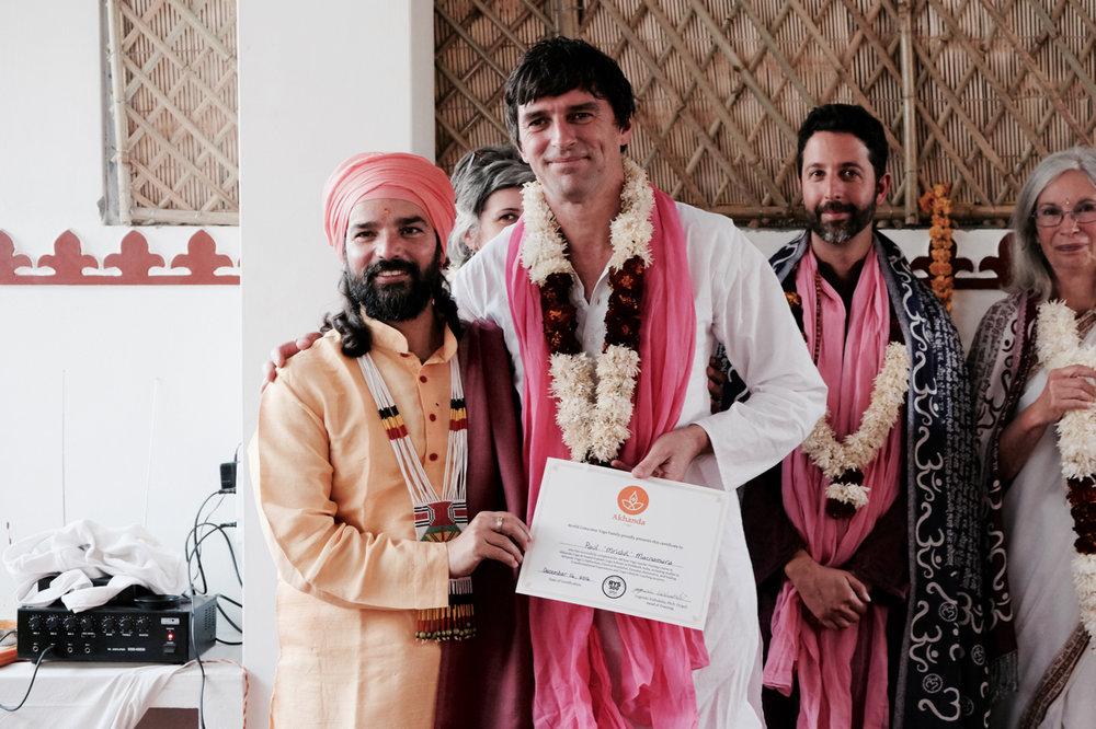 paul macnamara Akhanda Yoga Hatha Teacher yogrishi vishvketu