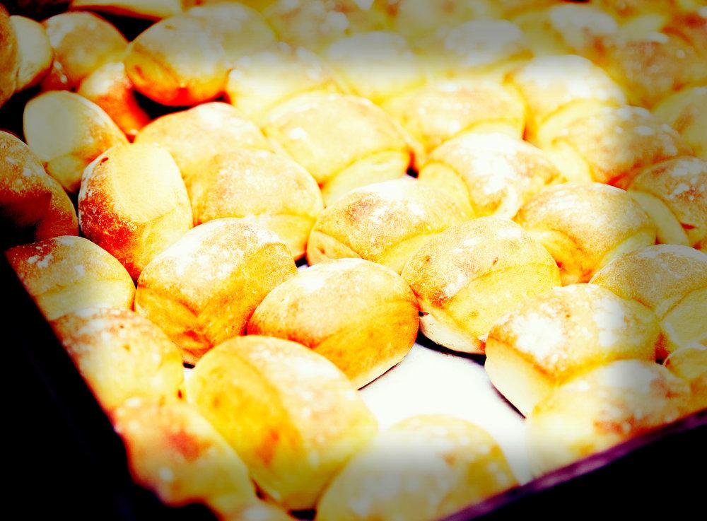 bread_rolls.jpg