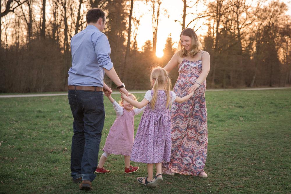 Sandra Ruth Photography Family Sunshet Ring Around the Rosie.jpg