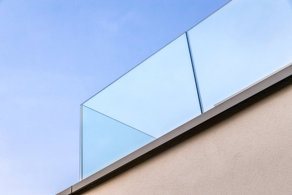 Dwelling_maison_moderne_cle_sur_porte_LH_071.jpg