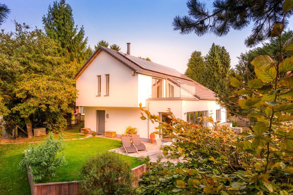 Dwelling_maison_moderne_cle_sur_porte_LH_057.jpg