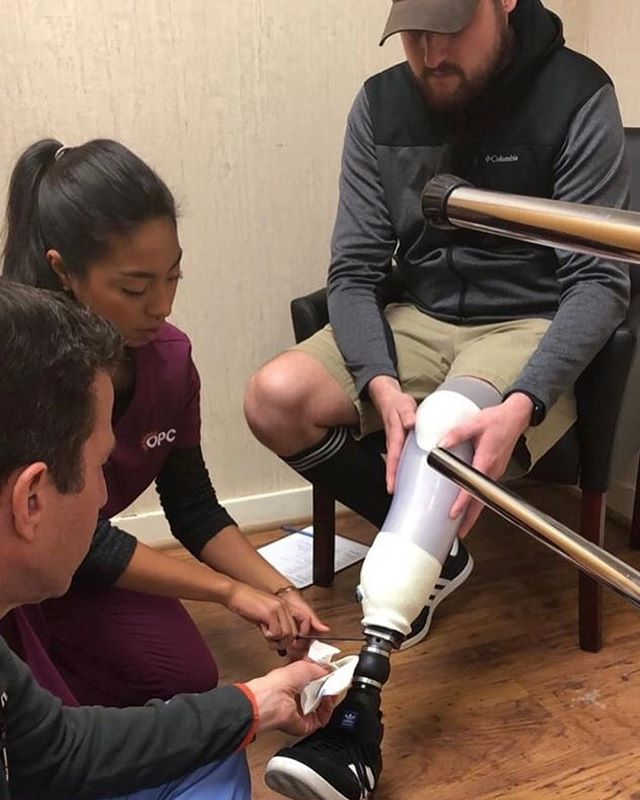 Team work makes the dream work. Finalizing final touches as our patient gets ready to hit the slopes! Can you guess what we were doing? Swipe to see !  #prosthetics #orthotics #prostheticsandorthotics #buildinglimbs #artificiallimbs #loctite #transtibialprosthesis #OPC