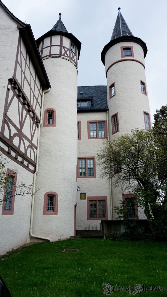 Lohr Castle, photo by Tales of Sheaves