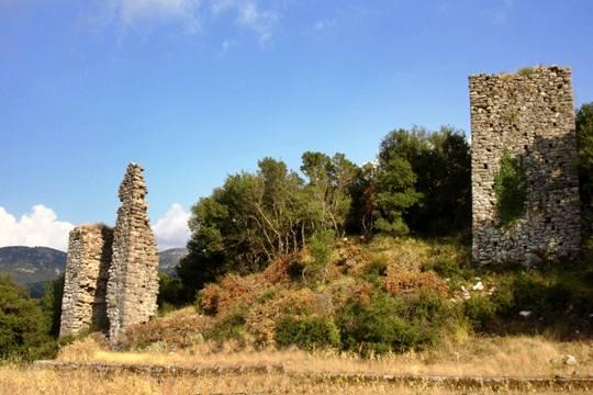 Κάστρο της 'Ακοβας - Πηγή φωτογραφίας  εδώ