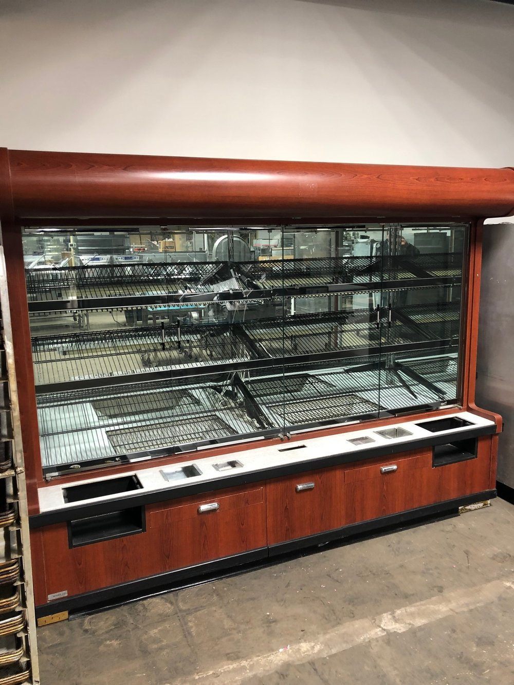 9' Bakery Display case with Drawers and Lights