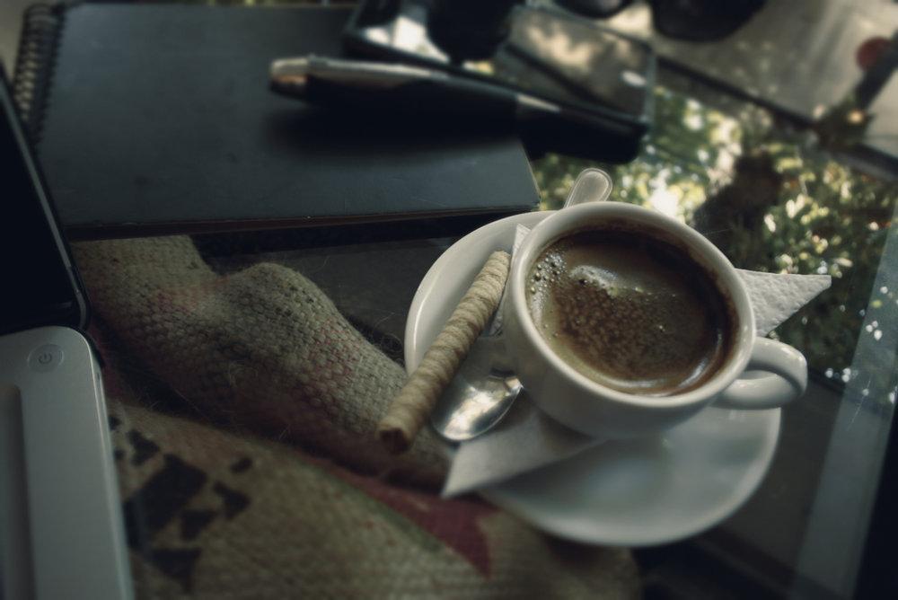Fotografía portada por Media Random Coffee / #nikon1j5army