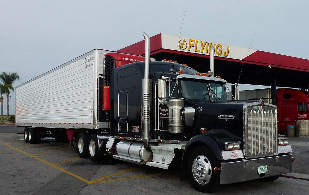 trucks at flying j