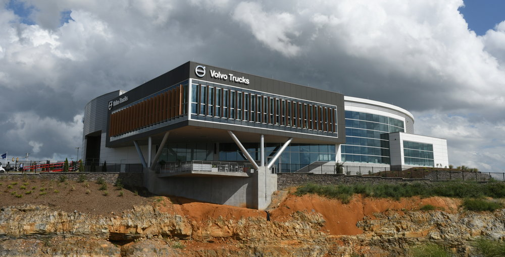 New Volvo Trucks Customer Center Opens at the New River Valley Plant.jpg