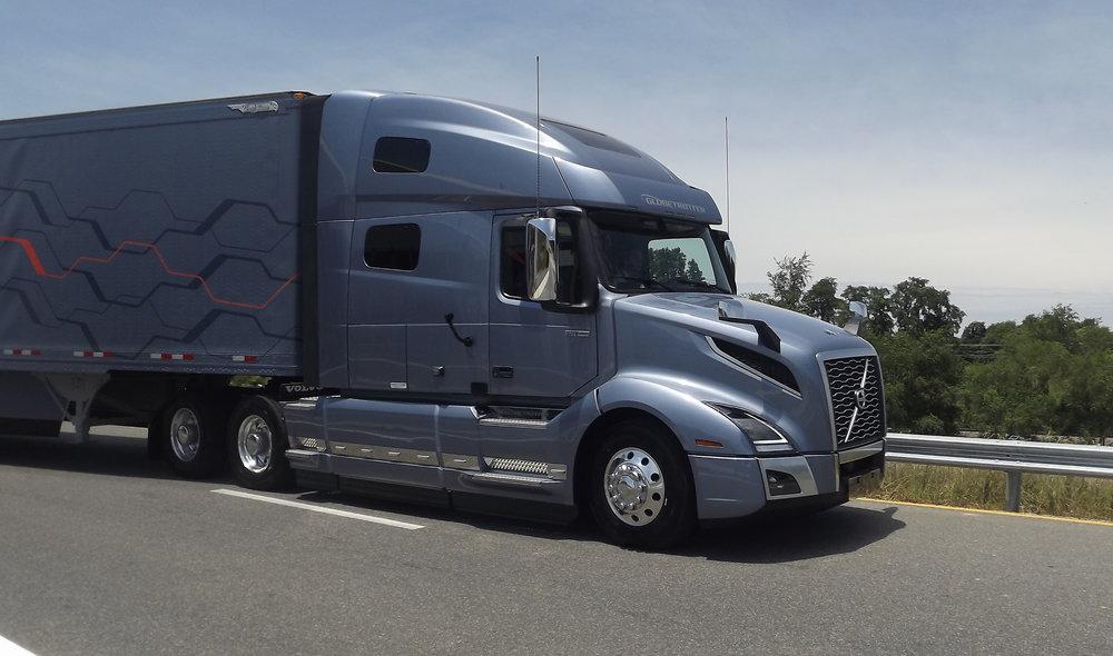 Photos A Look At Volvo S Vnl Vnr Series Trucks
