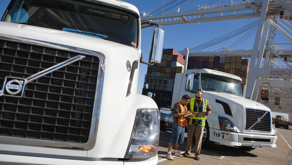 Sleek Fleet is looking to connect truck drivers with large shippers, providing access to more freight for drivers and quicker payment.
