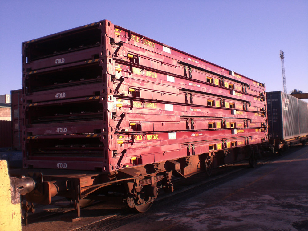 4Fold on railcar.JPG