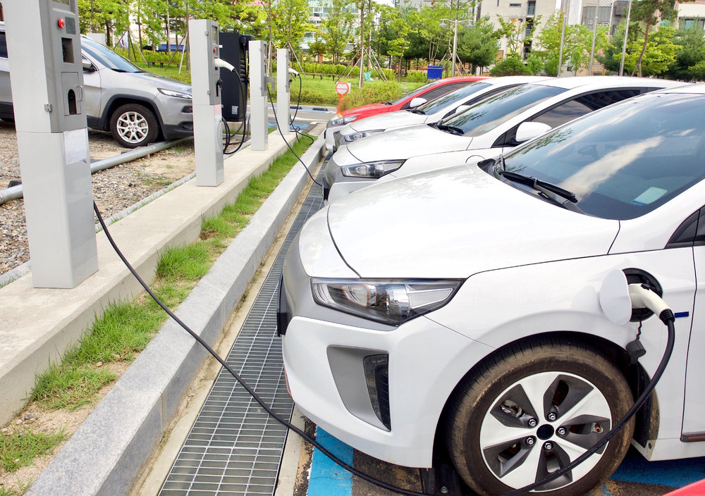 Electric vehicles, both cars and trucks, require the power grid to recharge. But what happens to those vehicles when the power grid fails? (Photo: Shutterstock)