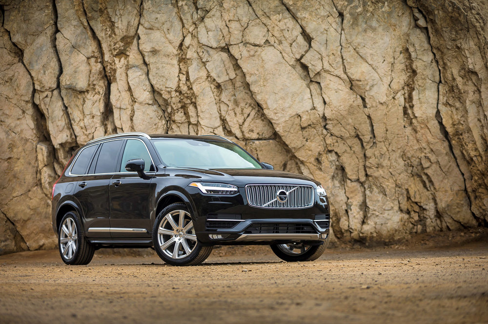 A 2017 Volvo XC90 SUV shown in three-quarter view.