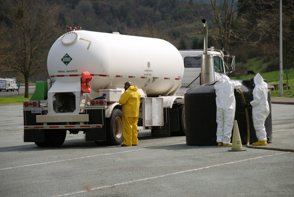 Hazmat trucks are regulated by a number of agencies to handle situations such as spills. ( Photo: Shutterstock )