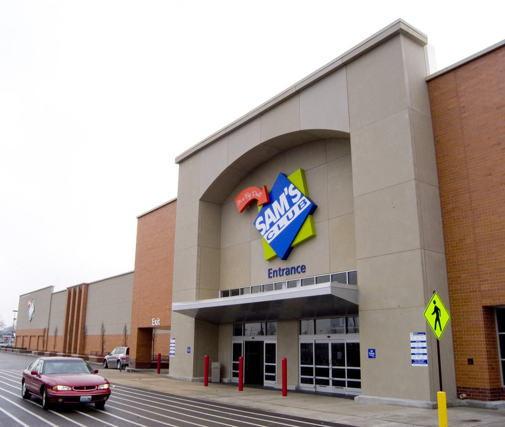 Up to 12 of the 63 Sam's Clubs that are closing will be converted to ecommerce fulfillment centers, Walmart said. ( Photo: Wikimedia Commons/Caldorwards4 )