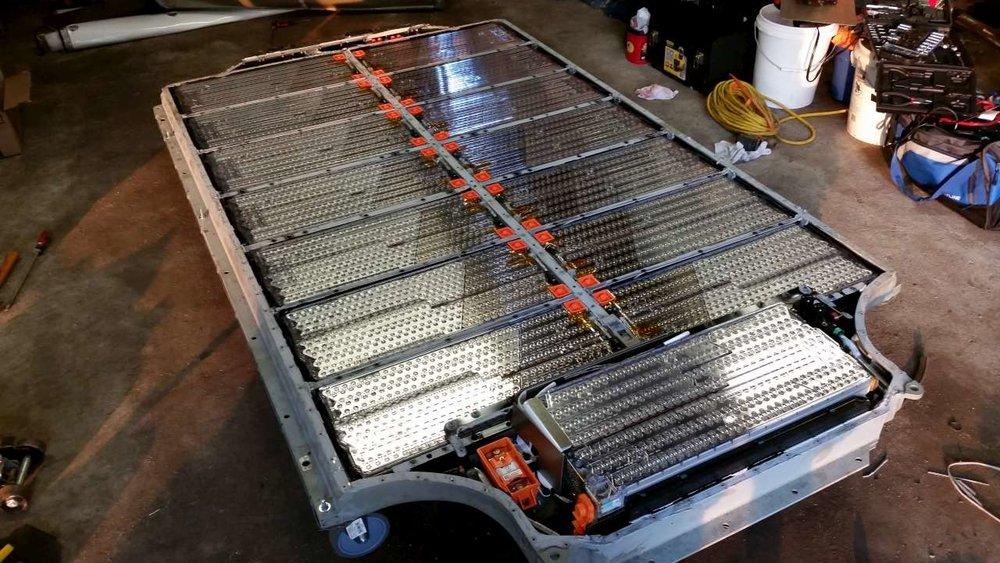 TSLA-Model-3-Battery-Pack.jpg