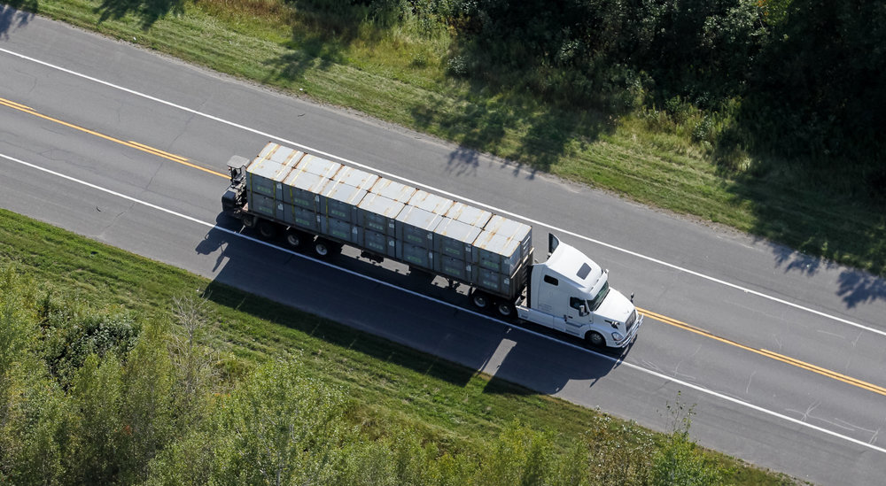 ELD compliance rates have been increasing since the mandate as fleets must be fully compliant before April ( Photo: Shutterstock )