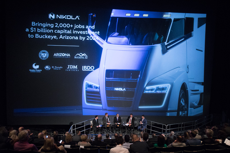 Nikola Motor Co. announced today that it will build a new $1B manufacturing plant just outside Phoenix to build the Nikola hydrogen-electric truck.