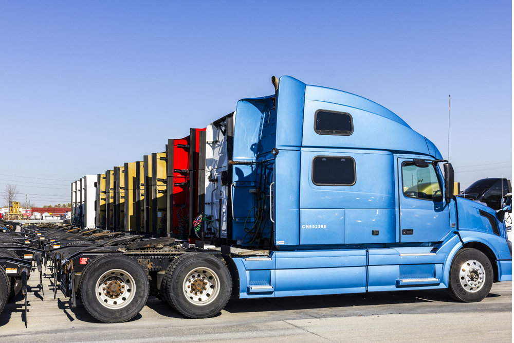 Used Class 8 truck prices increased 2% in January over January 2017, but still saw a decline from December 2017. ( Photo: Shutterstock )