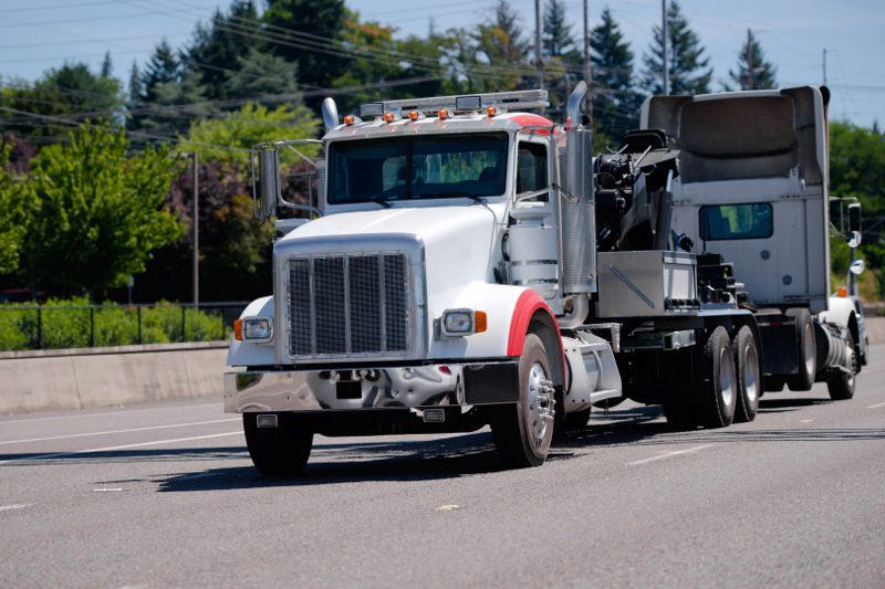 Roadside breakdowns cost up to 4 times as much as a repair in a shop, and some fleets suffer many more of these than other fleets do. ( Photo: Shutterstock )