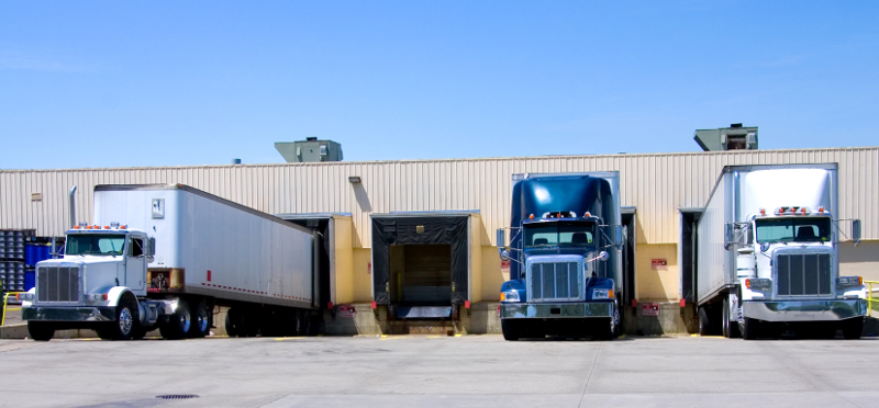 Detention time is a major issue for truck drivers and carriers, but Convoy is doing something about it by introducing automatic detention pay for those operating under Convoy loads. ( Photo: Shutterstock ).
