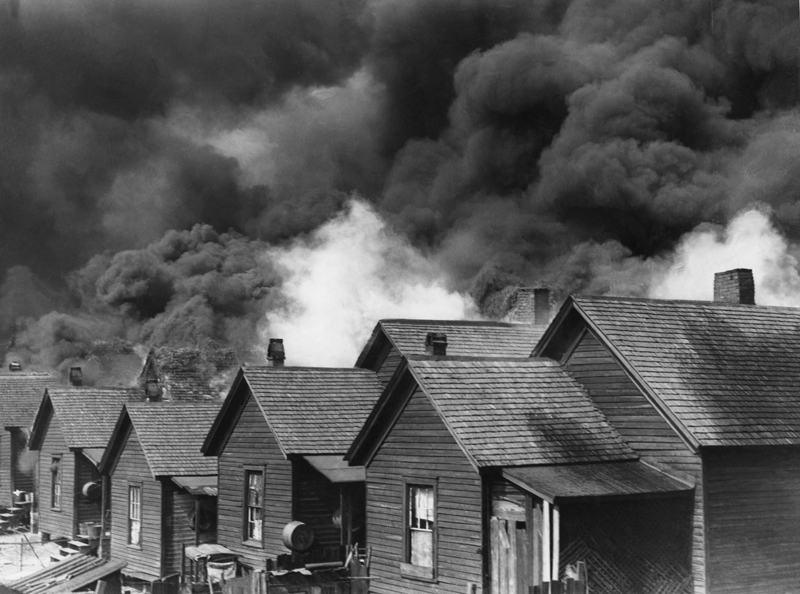(Photo: Wikimedia Commons Kenneth Rogers New York Times Photo Archive Great Atlanta Fire 1917)