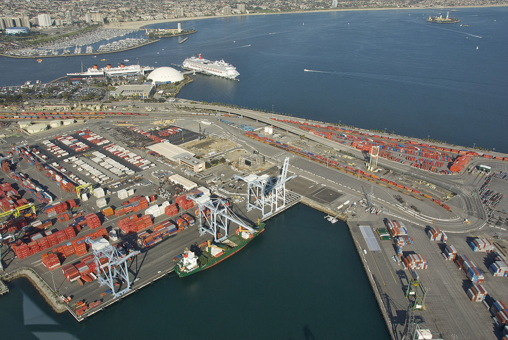 The Port of Long Beach. ( Photo: Dave Proffer / Wikimedia Commons )