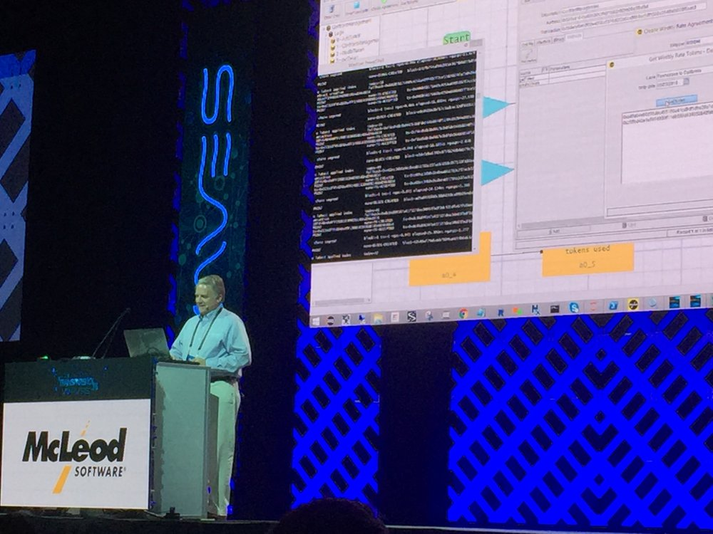 McLeod Software demonstrates FlowLogix's smart contracts capabilities at Transparency18. ( Photo: FreightWaves )