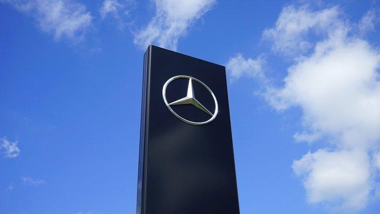 German Automaker Daimler Ag Halts Deliveries Of Certain Truck Engine
