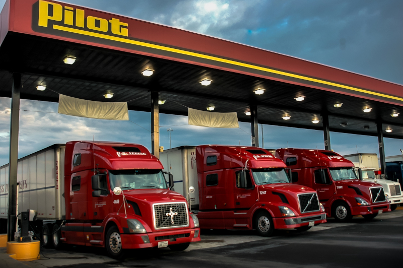 Fuel prices fluctuate daily, but fuel surcharges don't accurately reflect that reality. ( Photo: Truckstockimages.com )