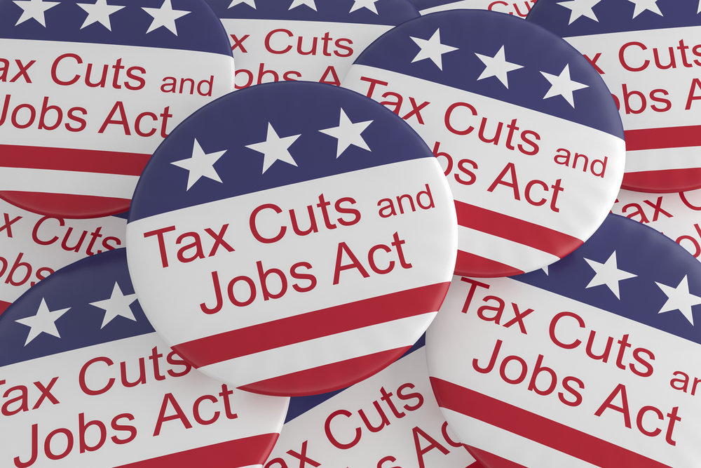 The Tax Cuts and Jobs Act offers more savings to owner-operators ( Photo: Shutterstock )
