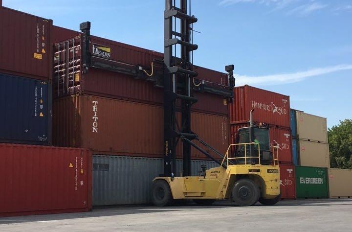 Universal Logistics Holdings Dallas intermodal facility ( Photo: ULH )