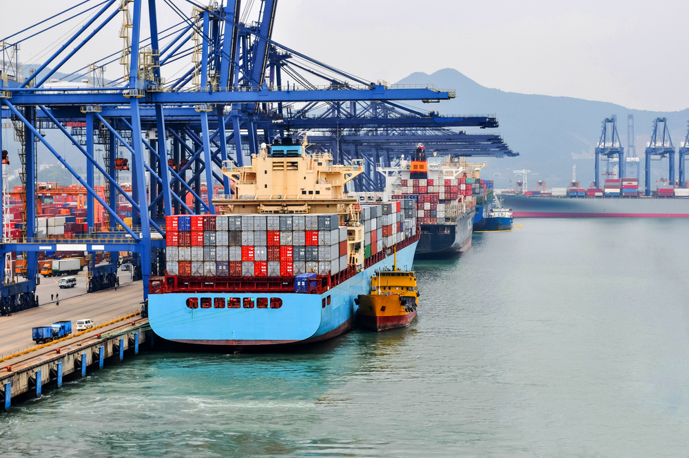 Yantian port at Shenzhen, China. ( Photo: Shutterstock )