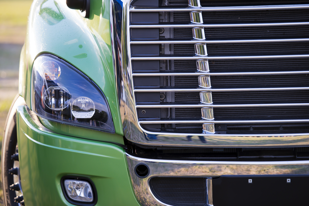 The tax changes of 2017 caused some fleets to consider leasing as opposed to buying, and new accounting rule changes could have a similar effect, says Fleet Advantage. ( Photo: Shutterstock )