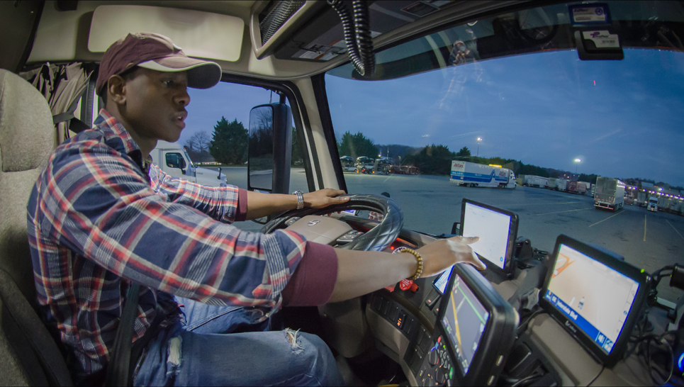 Basic amenities are among driver's top wishes at shipper locations, but pay and ELD concerns are also issues that affect their work experiences, according to a new survey. ( Photo: FreightWaves Staff Photographer )