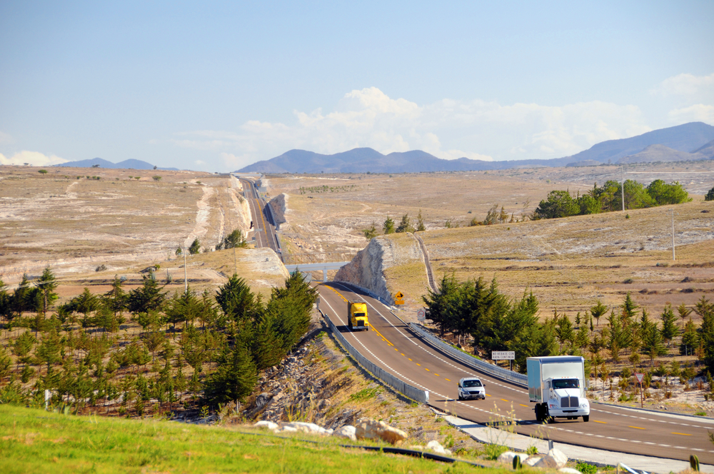 A scene from a Mexican highway. Photo: Shutterstock