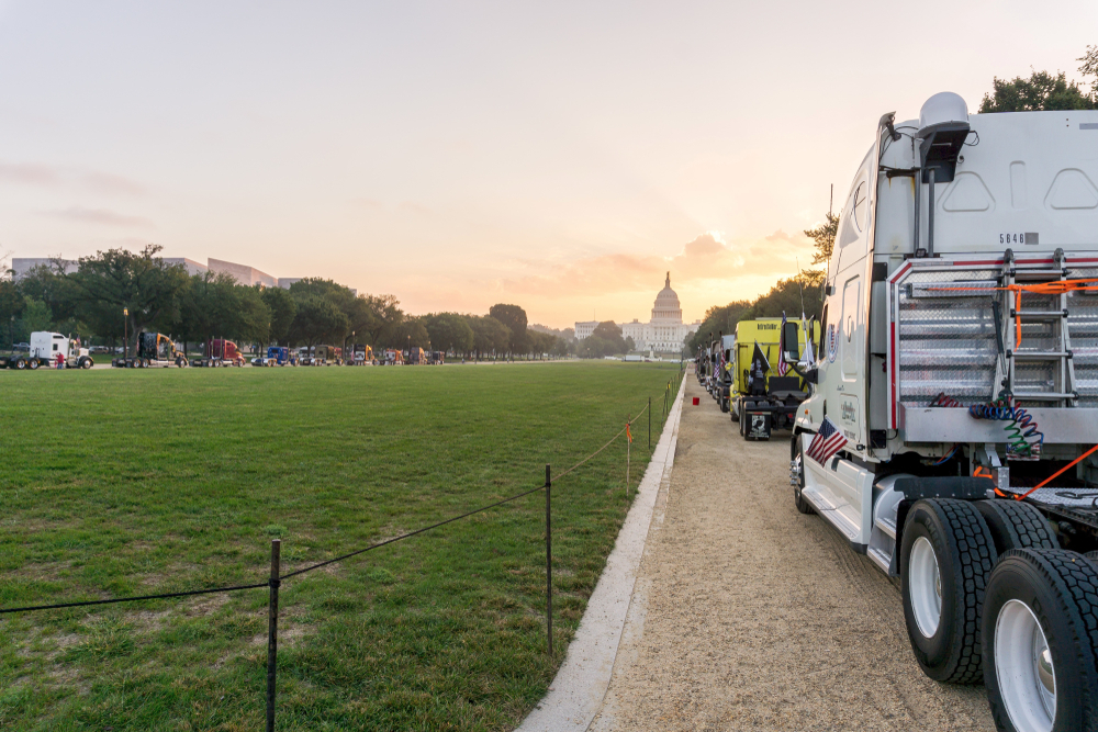 In October 2018, truck drivers parked their rigs on the National Mall in protest of government regulations. Now, Black Smoke Matters is hoping to take those efforts and advance them, posting a list of industry concerns the group is protesting. ( Photo: Erik Cox Photography/Shutterstock )