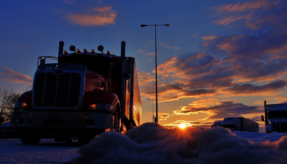 Economic and freight indicators are mixed, with some suggesting a downturn is coming, but others pointing to continued growth. ( Photo: Shutterstock )