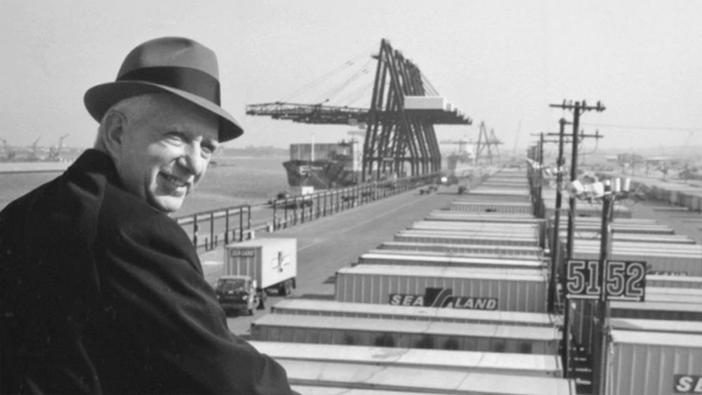 malcolm mclean at a sea-land facility. photo courtesy of maersk.