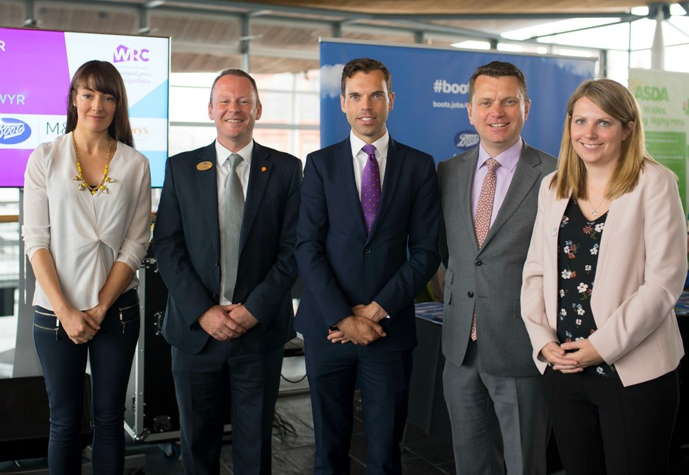 (From left to right) Sara Jones, Head of Welsh Retail Consortium, Andy Francis, Head of Customer Experience at Boots UK, Ken Skates, Iestyn Davies, CEO ColegauCymru, Hannah Blythyn AM